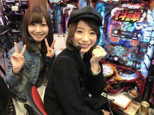 ヒラヤマン&しおねえの「北斗7」最速ホール実戦!